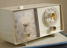 Clock Radio ~ we had one just like this!
