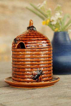 Vintage Ceramic Honeypot .Goebel.. Germany
