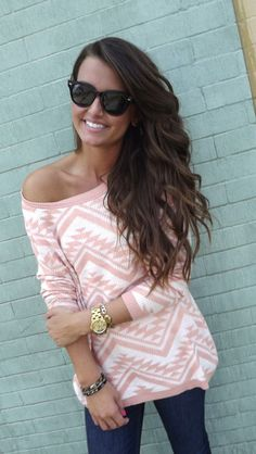 Print wide neck sweater and leggings