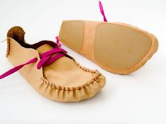 Leather Moccasin Pattern - size 39.... @Kristen Yahn (just an idea for you)