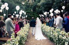 Balloon decorated ceremony site