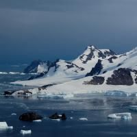 Changing Antarctic waters could trigger steep rise in sea levels - http://scienceblog.com/74633/changing-antarctic-waters-trigger-steep-rise-sea-levels/