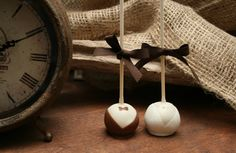 Edible favours.  KERR Events & Designs treats are a delicious range of handmade cake pops, truffles and sweets and can be tailored to every occasion. Perfect for a gift, birthday party, baby/ bridal showers or even just as a treat to yourself!  Great for vintage weddings.  kerrevents.ca