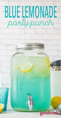 Blue Lemonade Party Punch | cocktail, boozy, summer, vodka, blue raspberry