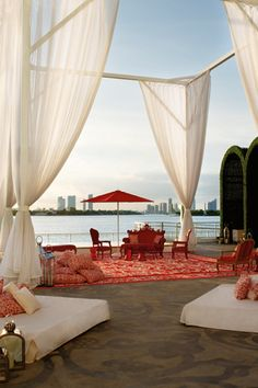How to live large in Miami (without going broke)