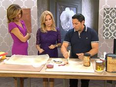 """HGTV host Frank Fontana shows Kathie Lee and Hoda of the TODAY show that wall stencils are better than wallpaper """"ROYAL DESIGN STUDIO has amazing stencils. They are probably the best in the country."""" Watch here: http://www.today.com/klgandhoda/redo-your-walls-without-paint-or-wallpaper-2D80221547"""