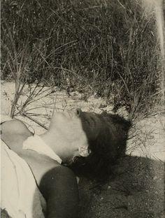 László Moholy-Nagy - The first hour of the hot sun, 1928