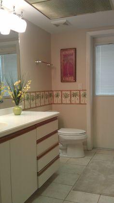 Palm tree bathroom on pinterest bamboo bathroom for Palm tree bathroom ideas