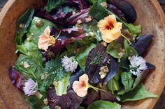 ENSALADA CON FLORES (happy little salad) #recetas #recipes bola de, de flore, verdura salad, comida salud, yomi yomi, ensalada de