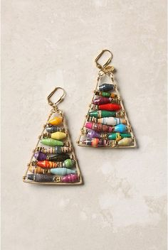 How to make knock-off Anthropologie pyramid earrings with paper beads