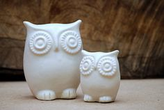 #love ... Owl and owlet  modern home decor in ivory white by claylicious, $45.00