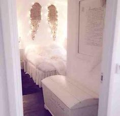 Angel Wings decor