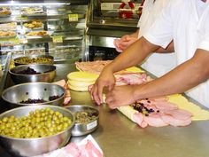 Preparación del Pan de jamón (Tendido de la masa y relleno)