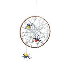 Chilling Spider Web - #Halloween #DIY Crafts