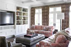 La Dolce Vita: Love it or Leave It: Pink Chinoiserie Sofa - china seas clay