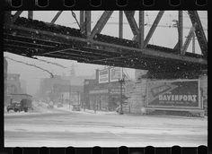 Bridge across Mississippi, Davenport, Iowa. 1940 Feb. Library of Congress.