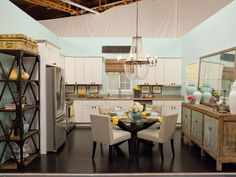 A Pinterest Fave: Season 7 winner Danielle and runner-up Britany's Kitchen. Love it? REPIN it! #hgtvstar