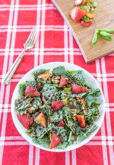 ***SALAD*** Chocolate Covered Strawberry Kale Salad Nutritional Information Amount per serving Calories: 123 Fat: 6g Saturated fat: 1g Protein: 2g Carbohydrate: 17g Fiber: 5g Cholesterol: 0.0mg Sodium: 169mg- SLOtility.com