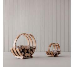 Chemin es chauffage poeles rangement design pour bois on pinterest - Panier pour le bois de cheminee ...