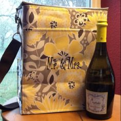 Wedding or Shower Gift: personalized Thirty-One Gifts Picnic Thermal Tote.    www.mythirtyone.com/laurat