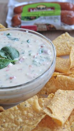 Need a quick and fabulous appetizer? Sausage, Spinach, & Tomato Queso Blanco Dip! #jvillesausage #ad #jvillekitchens