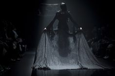 Haute Goth: Alice Auaa FW13 † #hautegoth #gothic #fashion #runway #catwalk #darkaesthetics #AliceAuaa #Fall #Winter #2013