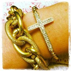 arm candy by @Derng