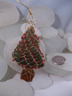 sea glass, seaglass, Christmas tree, ornament, jewelery ideas, crafts, gift ideas, green, holiday gifts