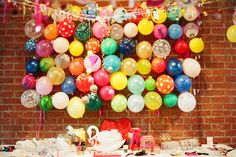 would you look at this balloon wall!