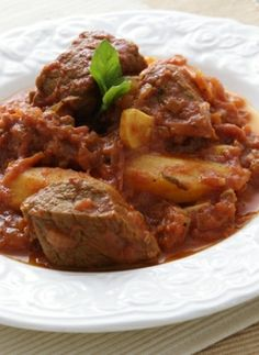 Recipe for Kokinisto (Veal with Potatoes in Tomato Sauce) from www.cookingwithmarialoi.com