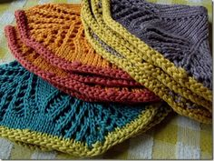 Grandma's fan dishcloths at Cozy Things....wonderful colours