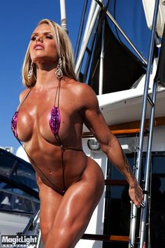 Muscle Girl Larissa Reis All Hands on Deck