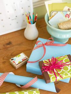 Double-Wrapped Gifts - wrap with solid colour first then a printed one