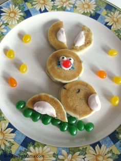 SIMPLE Easter Bunny Pancakes using Aunt Jemima Lil Griddles at http://B-InspiredMama.com