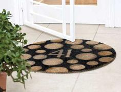 How to stencil the doormat
