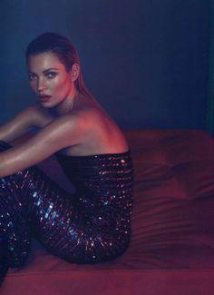 Kate Moss Vogue Japan☚★ #KATE #ONELOVE #chinashavers #theeblackunicorn  #black #unicorn #<3