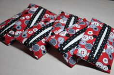 Easy Tissue Holders: Make 6 of these quick & easy gifts using small amounts of 3 different fabrics.