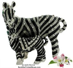 Trinket Box: Pewter Mother and baby Zebras