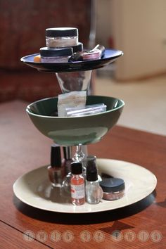 Tiered Makeup Stand with instructions!