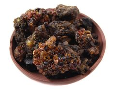 BENZOIN (GUGGUL) RESIN: Excellent for balancing the mind in times of upsets and disturbances, especially prior to meditation.