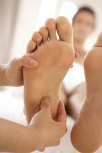 How to Get Roughness Off the Feet thumbnail