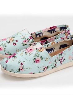 WOW!Toms Fashion on sale at $18.It is a good choice for you   See more about toms shoes outlet, dream closets and kids clothes. dream closets, floral tom, kids clothes, floral prints, tom shoes, vintage floral, toms shoes outlet, toms outlet, christmas gifts