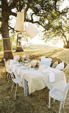 table settings, polka dots, northern california, dinner parties, lamp, outdoor parties, outdoor tables, outdoor settings, california wedding