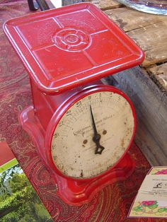 vintage kitchen scale