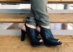 """A #Naturalizer fan from El Paso, Texas loves the Kallie! """"It's rather difficult to find sexy shoes that don't hurt your feet when you wear them to work all day long. But here they are!"""" #FanFavorite"""
