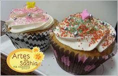 Artes da Sadhia na cozinha : Cupcake de doce de leite