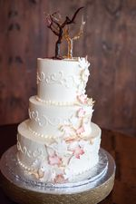 Buttercream wedding cake, scroll work, shaded pink leaves, fall theme wedding, simple, elegant, glass cake topper. Photo from Nelly Soares photography