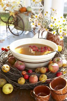 punch bowls, grape vines, fall table, fall parties, autumn, appl cider, apple cider, wreath, apples
