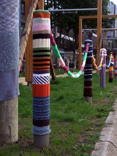 urban knitting in Dortmund City, North Rhine from orlando *s photostream via Flickr.com