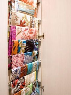 How to organize your scarves this winter!